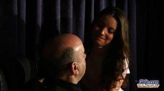 anita誘惑和操她的音樂老師