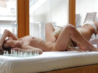 nubile電影女同性戀戀人在orgasmic幸福