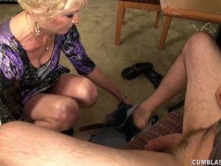 裸照奶奶噴濺與暨