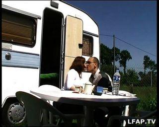 業餘法國夫婦做肛門性戶外