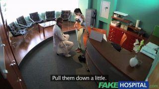 假性感病人彎腰