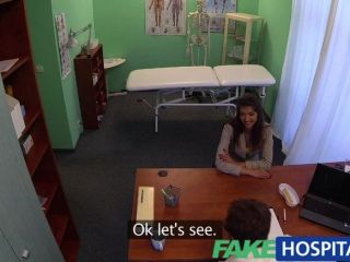 fakehospital驚人的黑髮需要醫生
