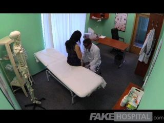 fakehospital沒有健康保險他媽的