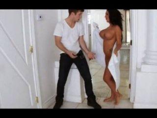 xvideos.com df2713e286ffae6c037e1879fab3b396