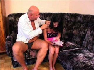 女兒操爸爸的錢
