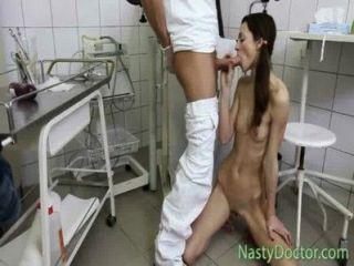非常瘦的女孩他媽的doc