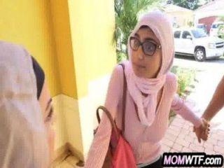 阿拉伯媽媽和女兒共享公雞朱麗安娜vega,mia khalifa 20 81