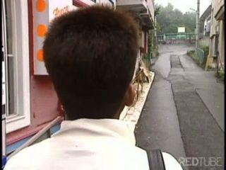 日本高清亞洲口交在木頭年輕的青少年女孩性管kitty性視頻kitty管性電影
