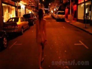 裸體在舊金山:女孩的短剪輯街道裸體深夜