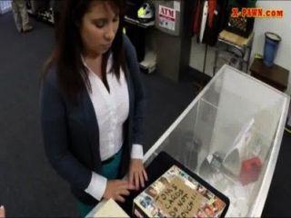 拉脫維亞wifey出賣她的羊毛錢支付保釋金