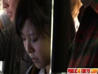 日本青少年在公開性別