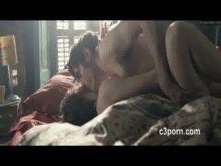 astrid berges frisbey熱性愛場面從電影