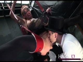 和諧視覺豐滿凱拉farrell是一個有氧運動肛門蕩婦