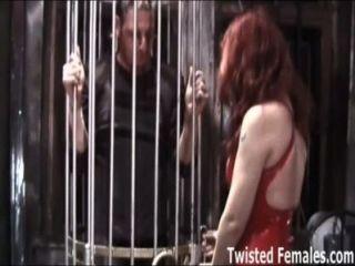felix被一個dominatrix摧毀的奴隸