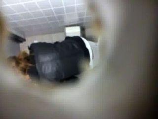 廁所間諜凸輪在學校1