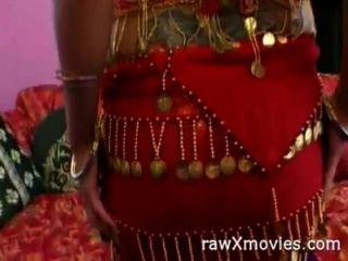 印度美容進入色情行動