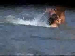 性感gfs裸體在海灘的偷窺視頻