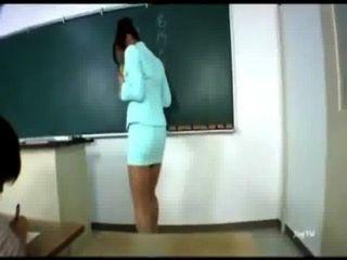 性感的亞洲老師