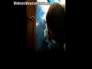 espiando a mi mama en video voyeur
