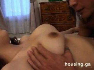 亞洲寡婦姐妹誘惑和性交的兄弟在法律