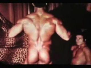 沃倫·弗雷德里克和達米安復古肌肉