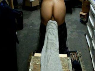在地下室肛門遊戲