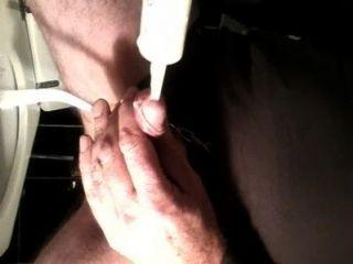 牛奶插入在陰莖和暨