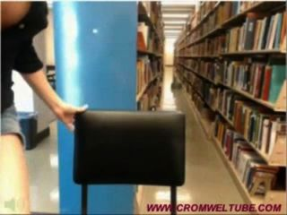 圖書館凸輪女孩被抓住www.cromweltube.com