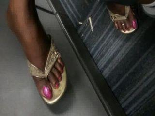 性感的烏木腳趾