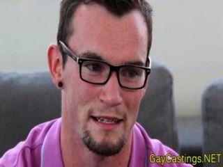 時髦twink肛門試奏在gaycastings