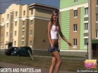 看我閃光我的內褲到整個社區