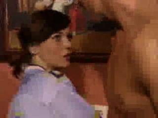 剃的女朋友得到性交在不同的位置