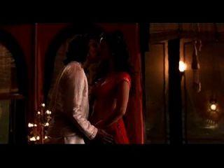 一个美丽的性爱场面从kama sutra打电话现在08082743374 mr suraj shah