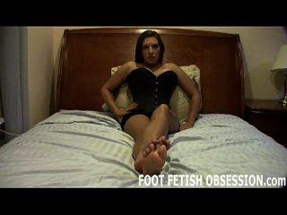 我想要你用暨盖我的微妙的脚