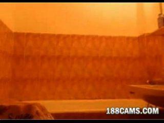 红头发洗澡188cams.com