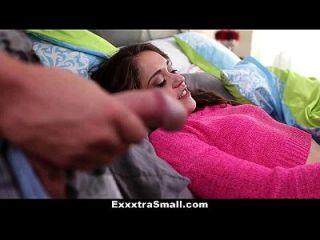 exxxtrasmall小步骤姐姐被他哥哥搞砸了!