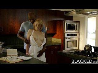黑色的金发保姆trillium他妈的黑人老板