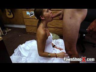 这里暨大赃物新娘全部苦涩绝望在典当店xp14512