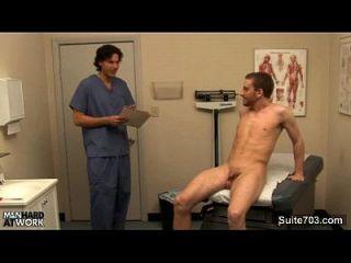 调皮的医生他妈的他的病人