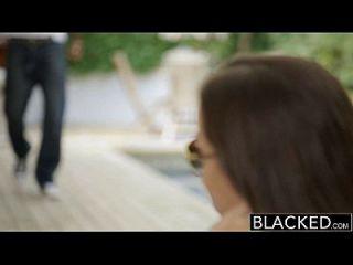 黑色无聊的女朋友维多利亚黑色他妈的一个bbc