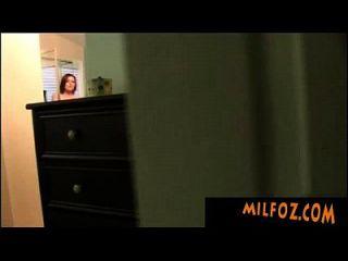 milfoz.com妈妈做儿子暨
