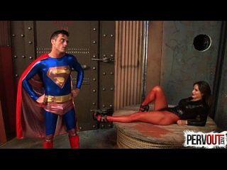 诱惑奴役超人