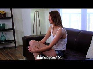 hd castcouch x长腿索菲娅王侯在铸造沙发上