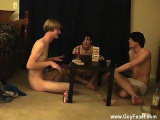 热男同性恋夏威夷男子暨跟踪威廉与他们在一起