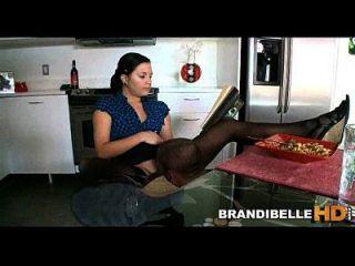 请看我,我读了brandi belle