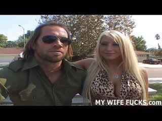 你的妻子不能等待他妈的色情片