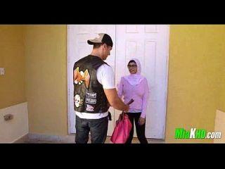 mia khalifa和她的妈妈组合在她的bf 91上