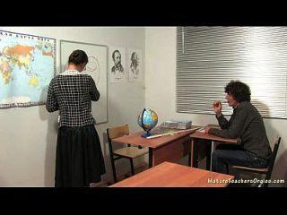 俄罗斯成熟老师5 irina(地理课)