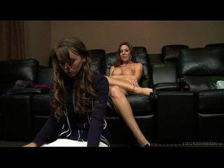 卡普里安德森和leix lamour女同性恋