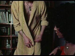 学校为性艺术(1975)全电影